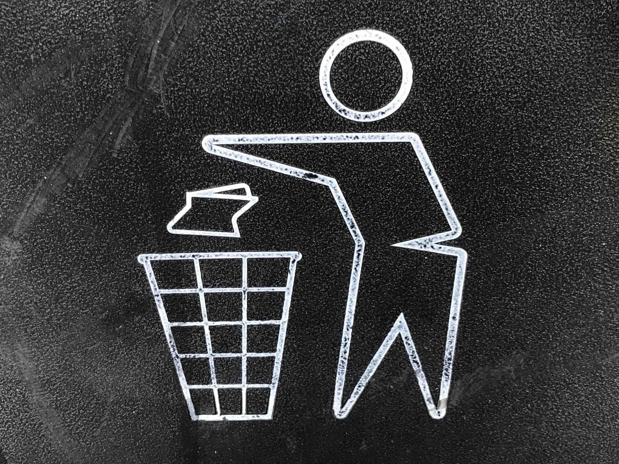 Síndrome de Diógenes: Deshacerse de toda la basura
