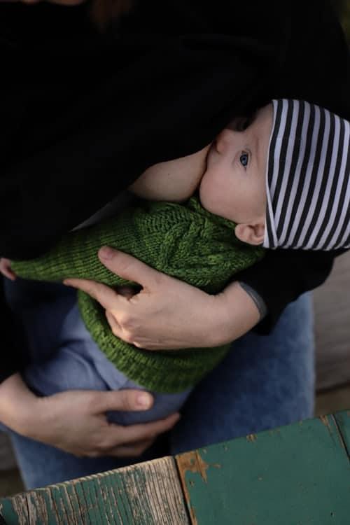 La leche debe ser el único alimento del bebé hasta los 6 meses