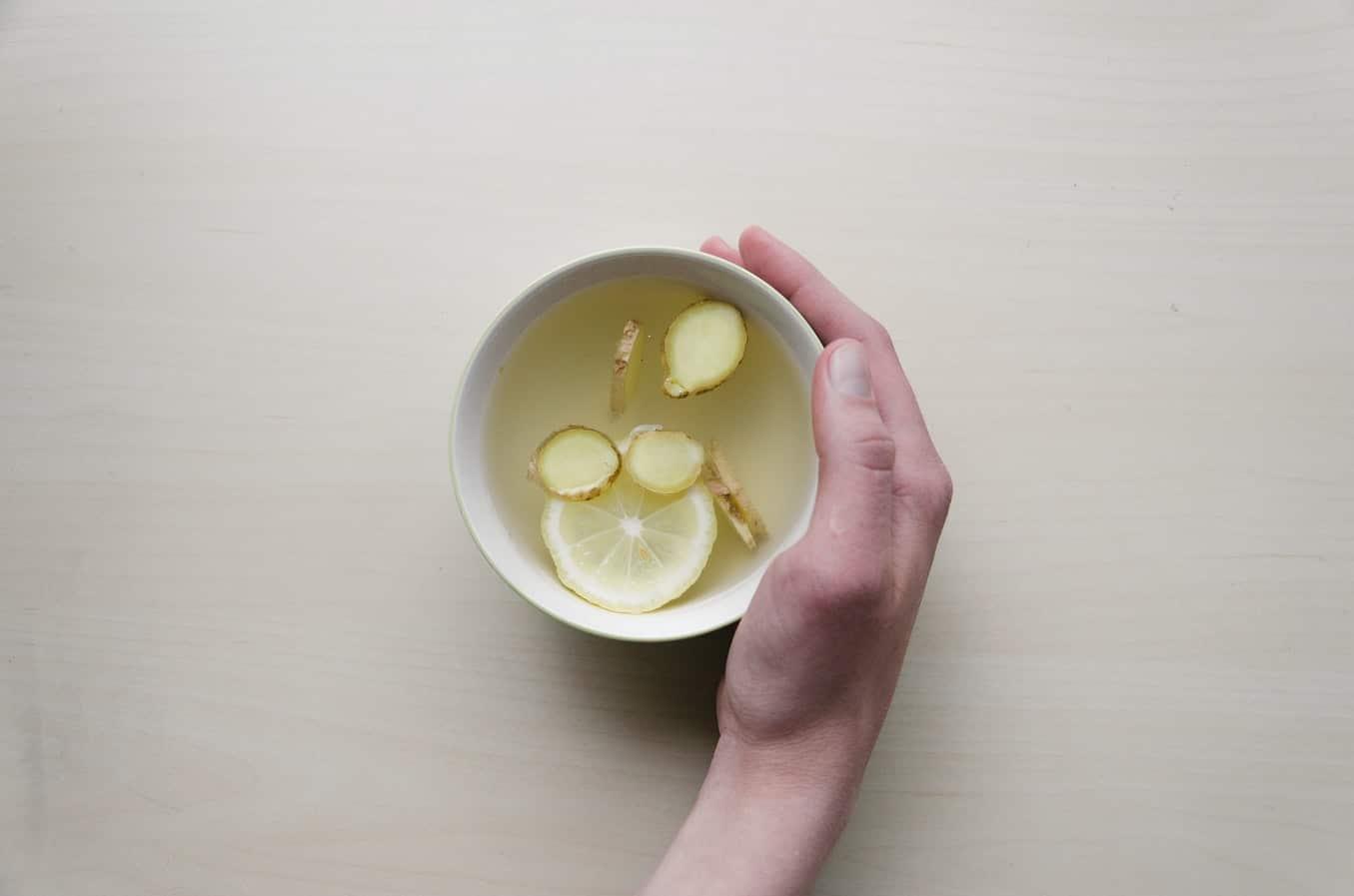 Limón para aliviar la afonía