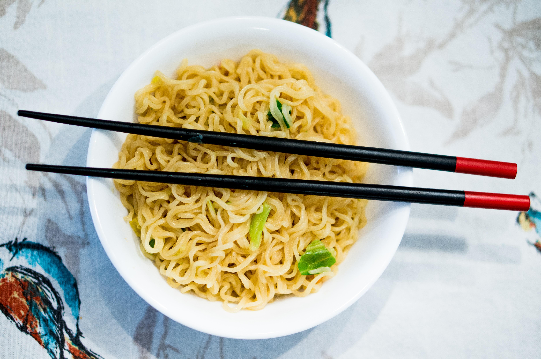 Sopa con noodles