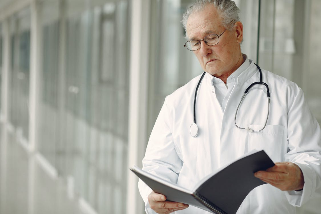 Consulta al doctor para el agotamiento