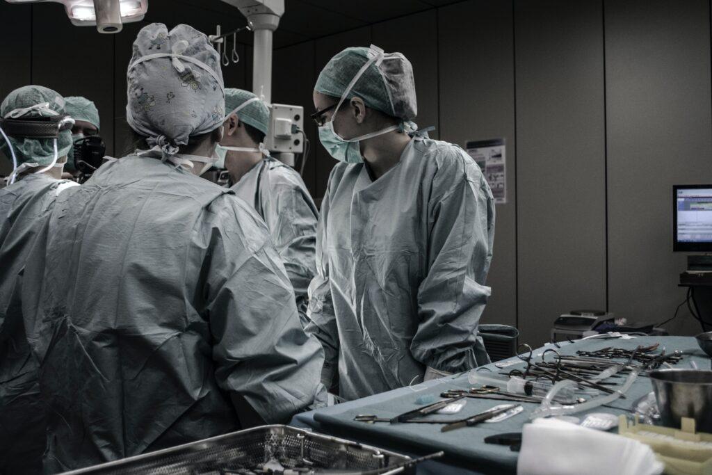 Tratamiento quirúrgico para hernia inguinal