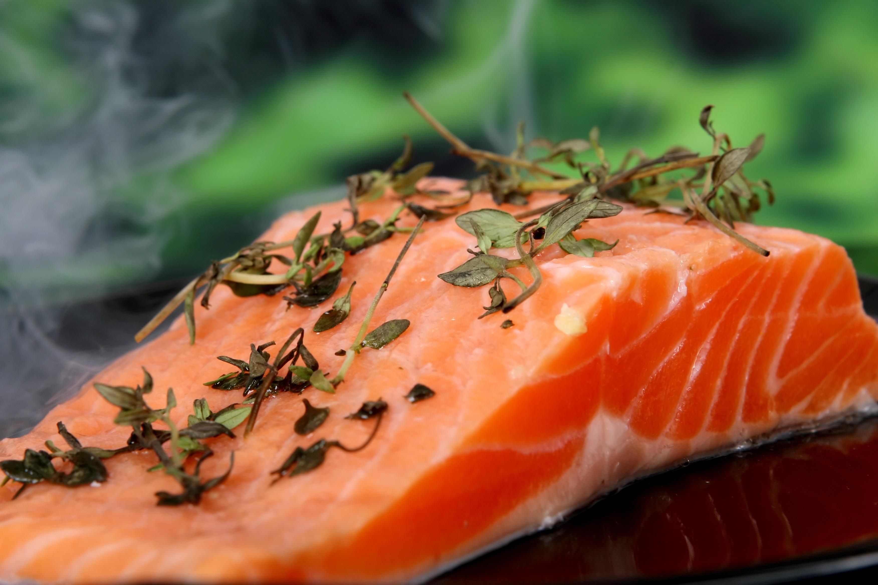 El salmón es una buena fuente de vitamina D3